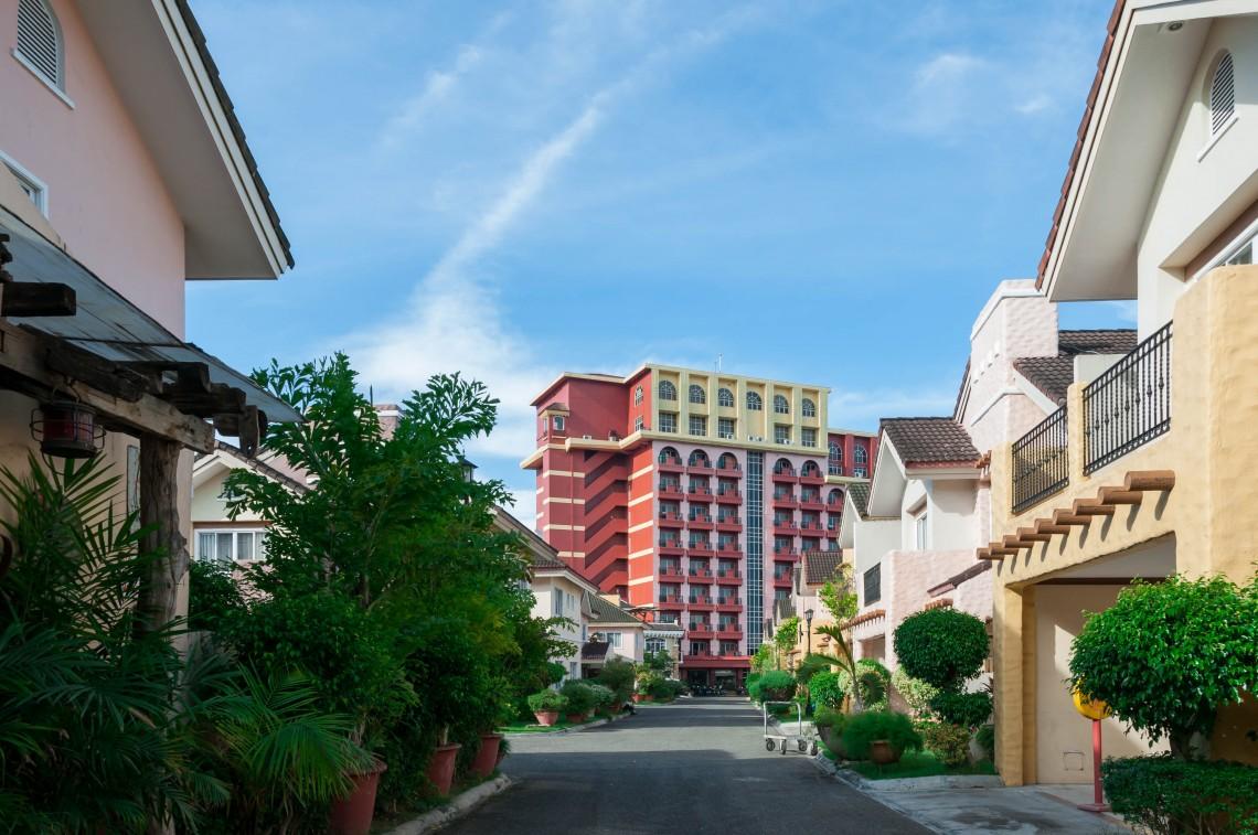 Crown Regency Hotel 2